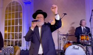 VIDEOS: Michoel Schnitzler, A Team, at a chasuna in Lakewood