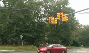 TAKE NOTE: New traffic Light on Hope Chapel and New Central now activated